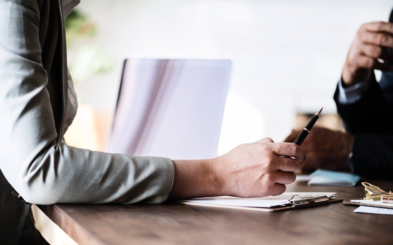 Contrato de Servicios Vs Contrato de Trabajo